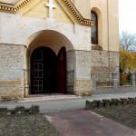 Hatzfelder Kirche 2014 Portal mit neuem Zaun